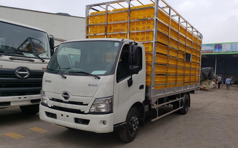 Xe tải Hino thùng chở gia cầm (NEW)