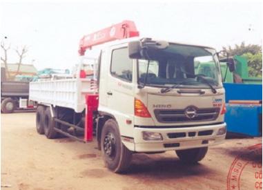 Xe tải Hino FL8JTSA 15 tấn gắn cẩu Unic 5 tấn 5 đốt