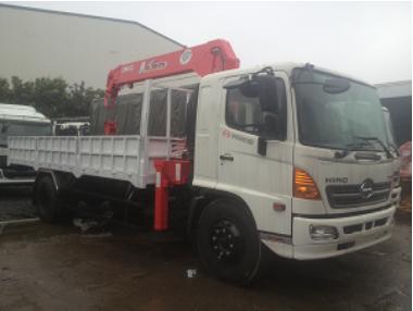 Xe tải HINO 15 Tấn gắn cẩu UNIC 6,3 tấn 5 đốt