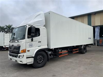 Hino FG thùng kín Palet container 8.9m