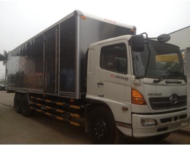 Xe tải Hino 15 tấn FL thùng kín 9,2m
